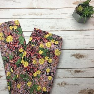LuLaRoe tall and curvy floral printed leggings